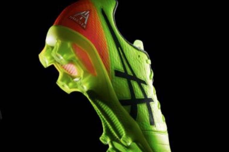 Iniesta works with ASICS on new boots
