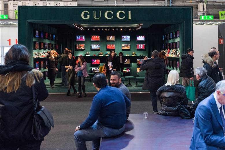 Italy's prime minister promises boost for footwear