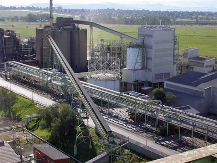 Mine sale means further reduction of Lanxess ties to chrome