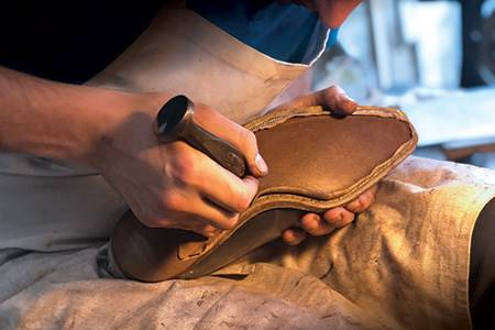 Flair for repair - leather, world leather