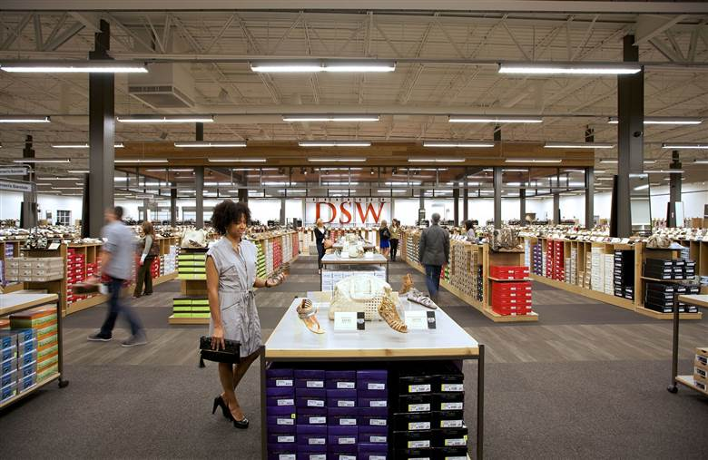 DSW reports first sales increase since 2015